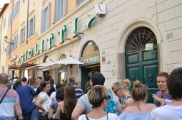 A super popular gelato place