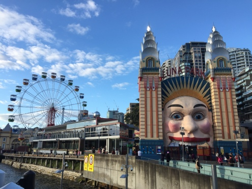 Freaky Luna Park...