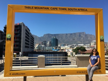Waiting for the museum to open... Nice view of Table Mountain!